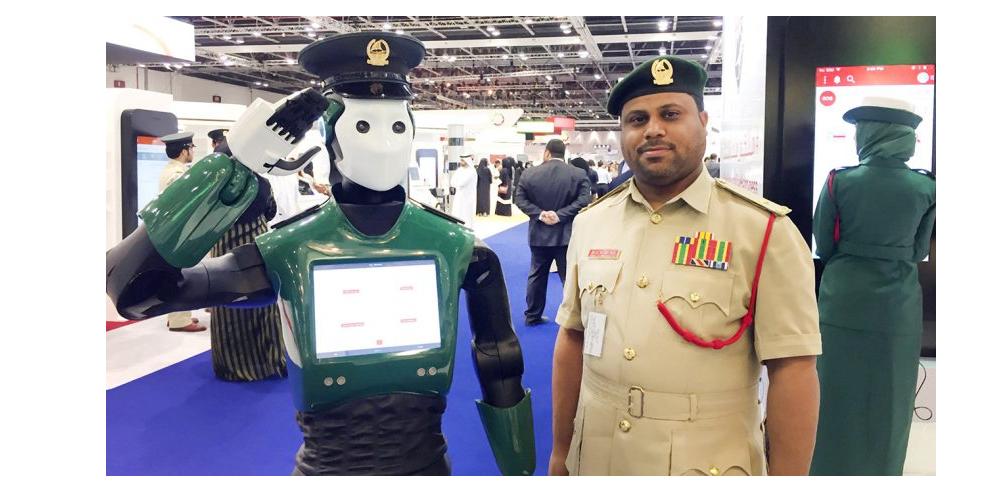ロボット警察官「Robocop」任務開始-ドバイ警察