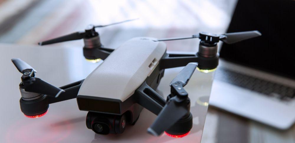 ドローン無許可飛行での検挙数68件、今後も増加する可能性