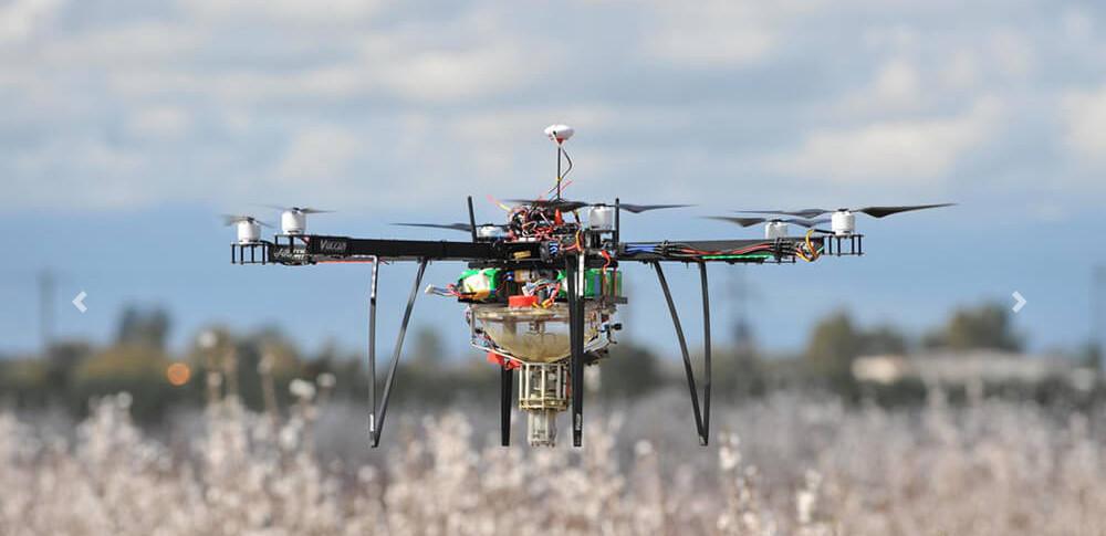 空中から花粉を散布!米国ニュージャージー州で新型農業「ドローンによる空中受粉」