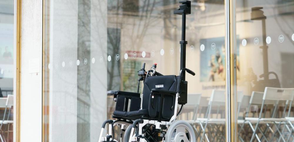 自動運転車イス「xMove」サービス付き高齢者向け住宅で実験