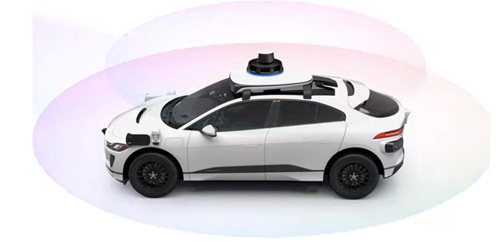ウェイモ、第五世代自動運転技術搭載のジャガーをテスト走行
