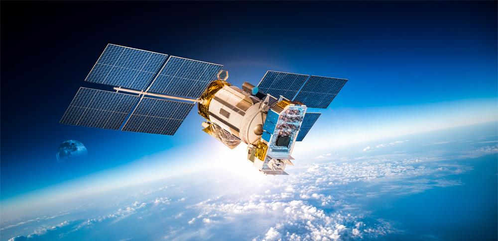 衛星とAIを活用し不審船監視の自動化へ、日本政府が実証実験